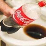 やめろ〜wコーラを洗濯機やトイレにドボドボ…コーラ活用法教えます!